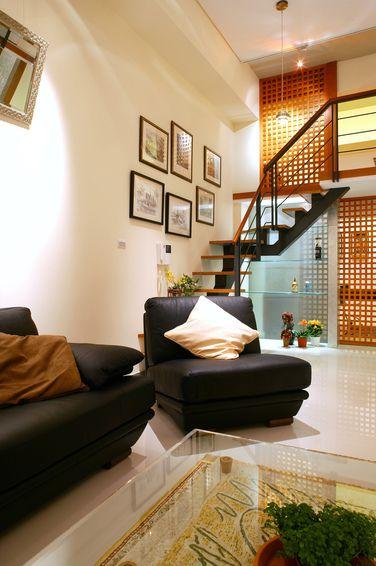 橙色现代风格客厅楼梯装潢设计
