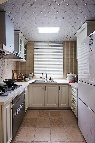 田园厨房装修效果展示