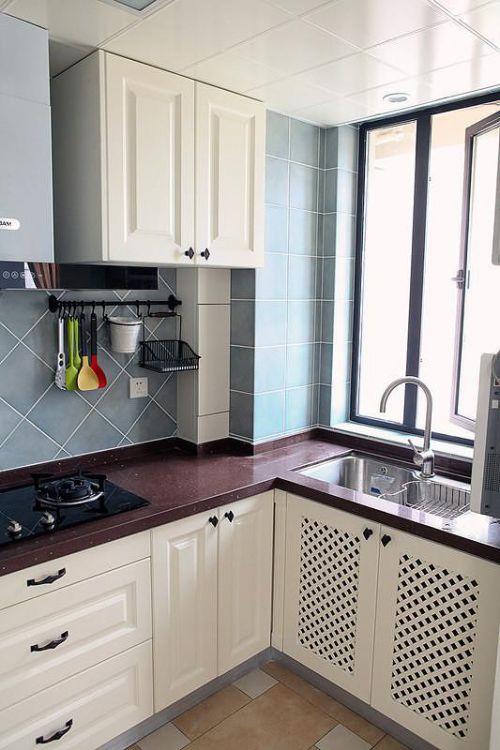 现代简约简欧厨房装修案例