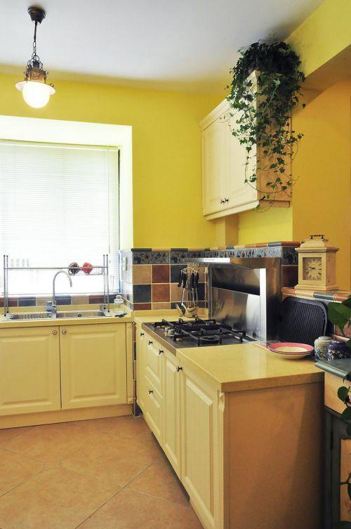 地中海日式厨房图片