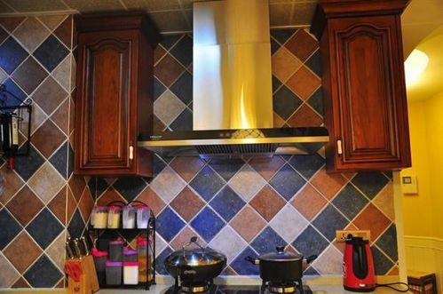 田园地中海新古典复古厨房设计方案