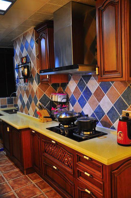 田园地中海新古典复古厨房设计图
