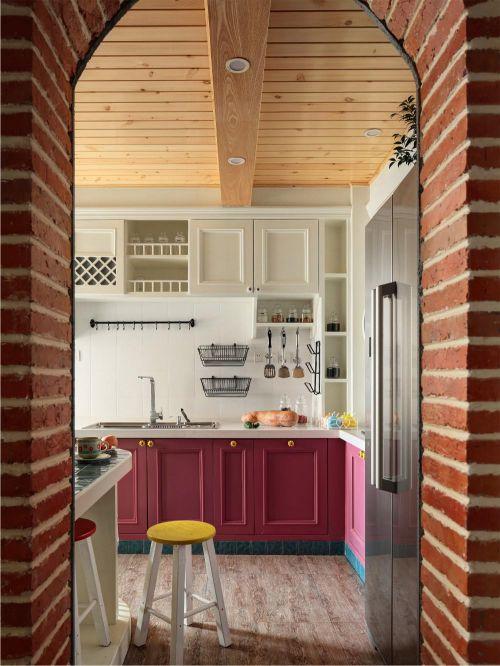 混搭厨房吊顶装修案例