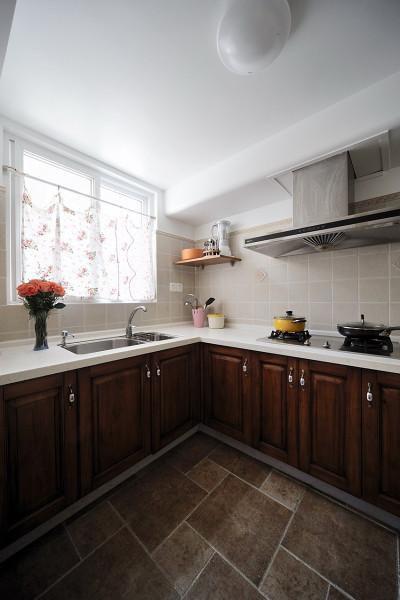 地中海美式混搭厨房装修图