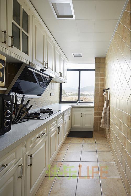 现代简约中式美式混搭厨房案例展示