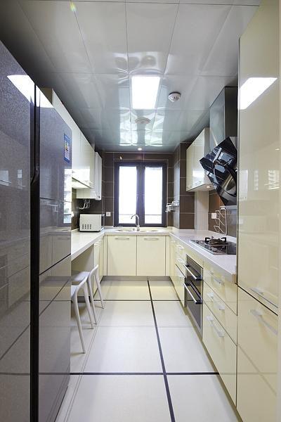 现代简约欧式日式厨房设计案例