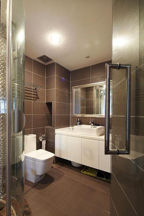 现代简约日式卫生间设计案例展示