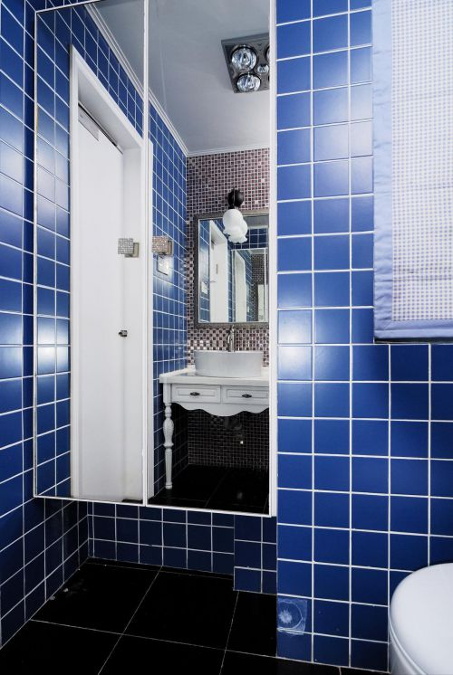 现代简约简欧卫生间装修案例