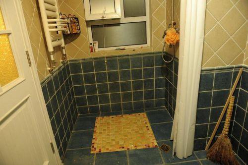 混搭卫生间装修图
