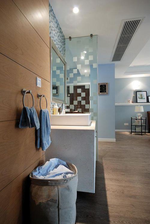 现代简约美式混搭卫生间图片
