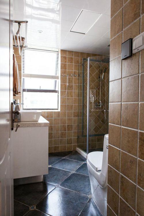 简欧美式混搭复古卫生间设计案例展示