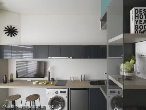现代简约客厅收纳设计案例展示