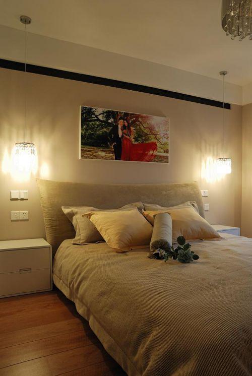 现代简约中式混搭卧室装修案例