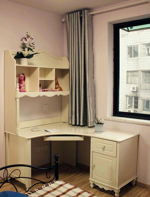 现代简约美式混搭卧室设计案例