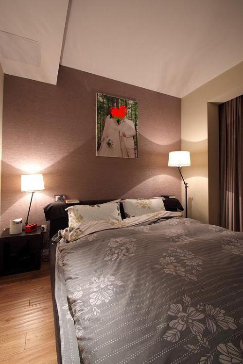 现代简约日式混搭卧室装修图