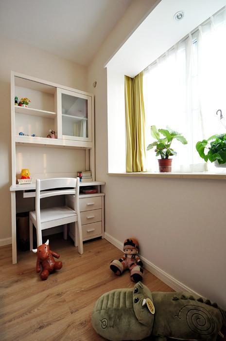 现代简约日式卧室设计图