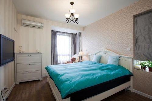 简欧奢华卧室壁纸设计案例