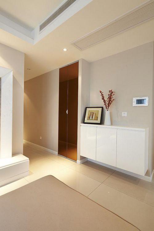 现代简约日式玄关玄关柜装修图