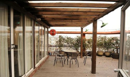 现代简约田园美式阳台设计方案