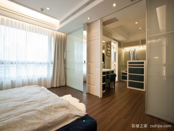 客厅卧室隔断