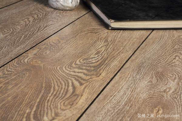 实木地板及格