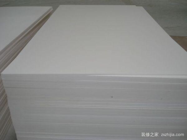 pvc板是什么材料