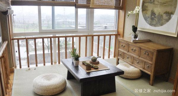 阳台做榻榻米
