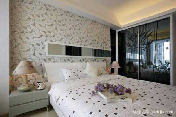 怎样装饰自己的卧室