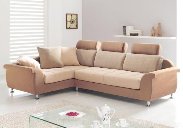 沙发要靠墙吗