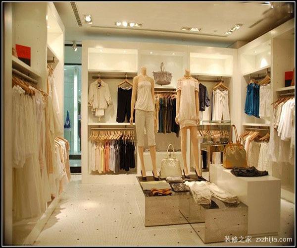 最简单的服装店装修