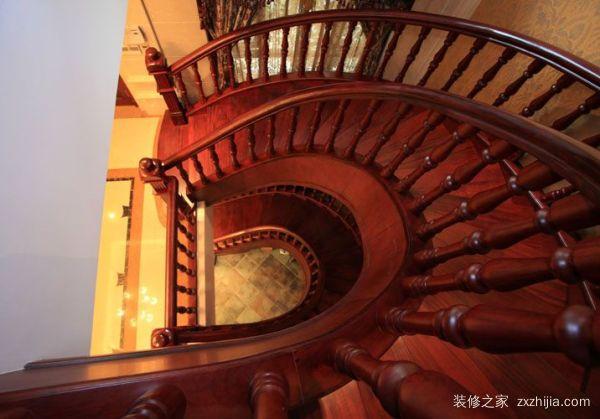 弧形楼梯设计技巧有哪些?弧形楼梯设计原则