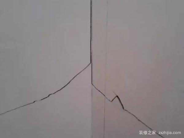 瓷砖裂缝如何修补