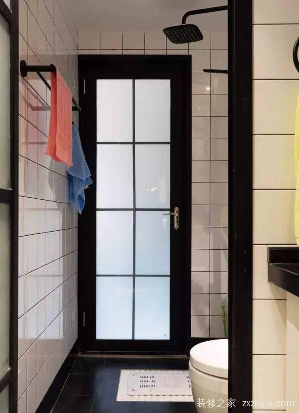 卫生间装玻璃隔断,还是浴帘?看完你就有答案了!