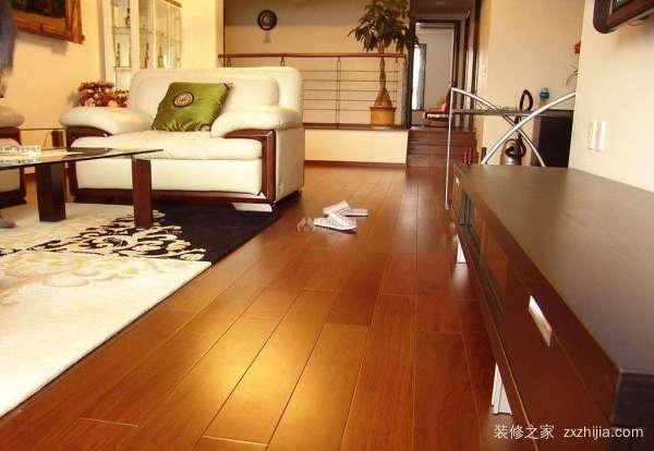 纯实木地板