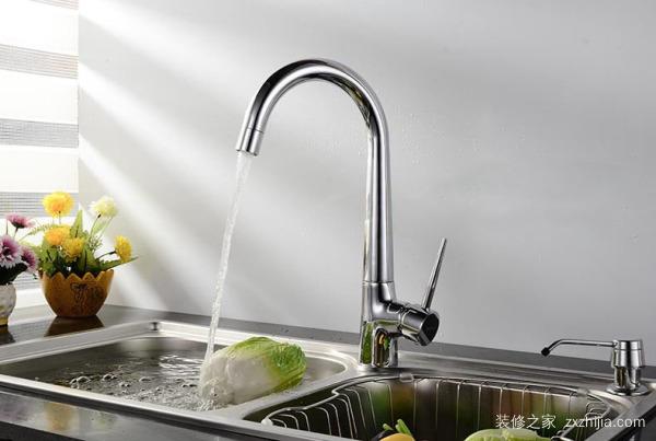 厨房水龙头漏水怎么办