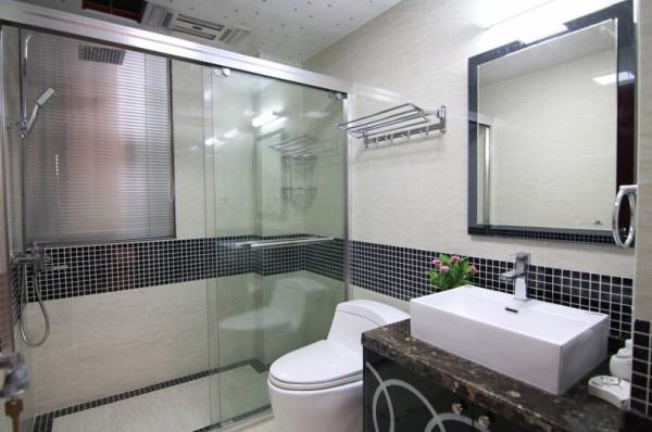 卫生间淋浴玻璃隔断