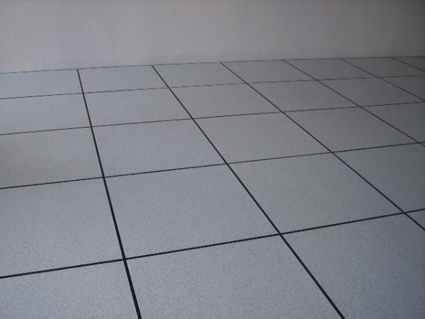 抗静电活动地板