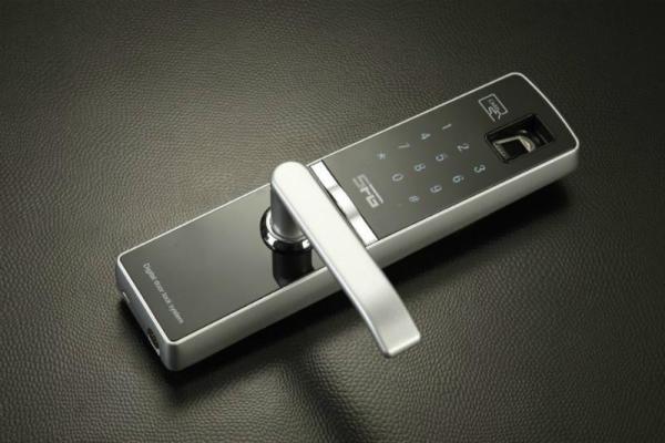 防盗门指纹密码锁