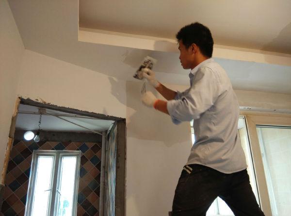 墙面刮腻子用什么材料好