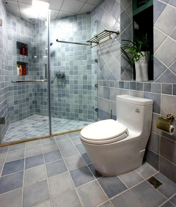 厕所瓷砖用什么