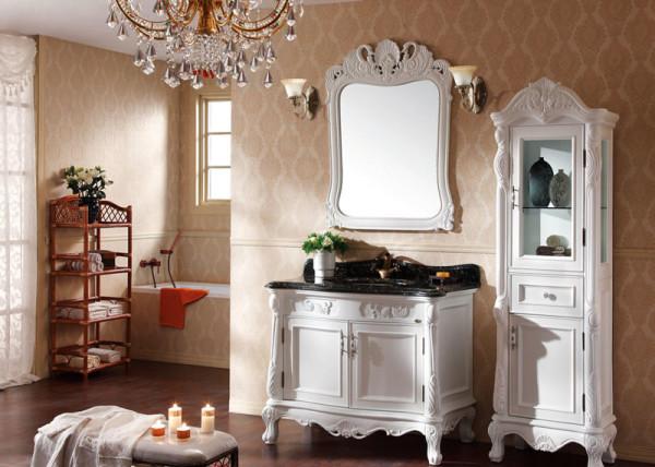 这是一款两门两抽的原木色浴室柜,采用的是高密度环保E1级板材,清晰的纹理,自然美观,免漆的工艺。它的储存空间非常大,有着多重收纳,生活用品轻松储存。现代北欧简约风设计,相信是每个家庭追求家具的标准。价位在1500-2800元不等。