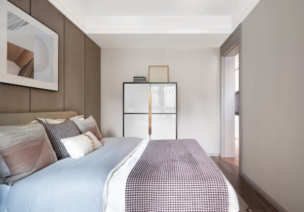 这才是现代轻奢风,96㎡三室一厅,小户型住出别墅范