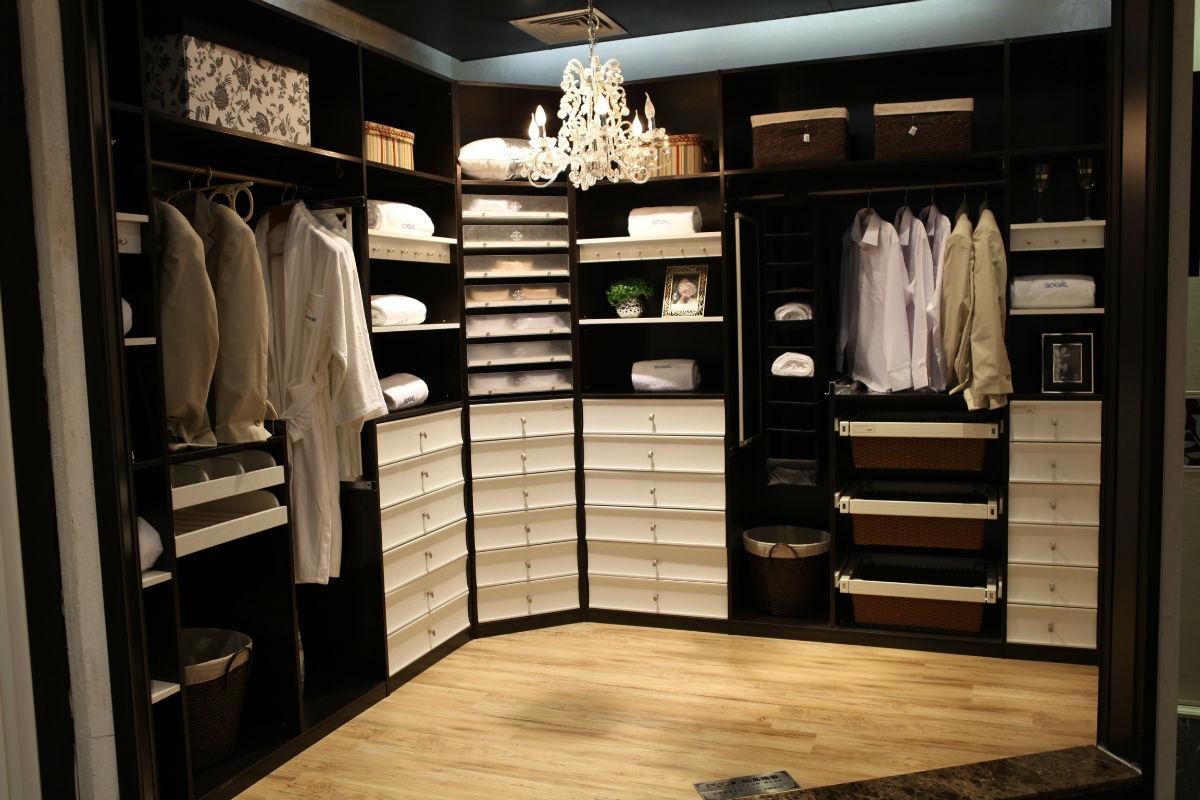 索菲亚整体衣柜价格 整体衣柜的选购技巧