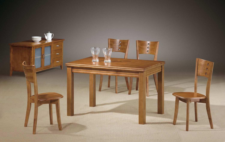 实木餐桌椅价格是多少 怎么选择实木的餐桌椅