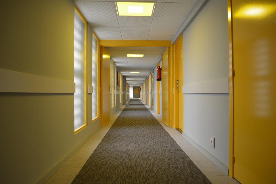 宾馆走廊尽头的房间入住禁忌 宾馆居住注意事项