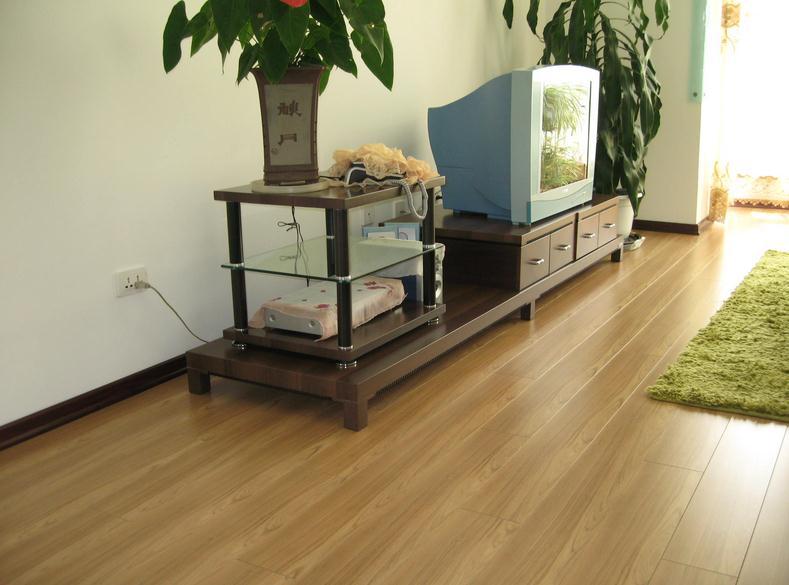 新实木地板的品牌 新实木地板如何保养