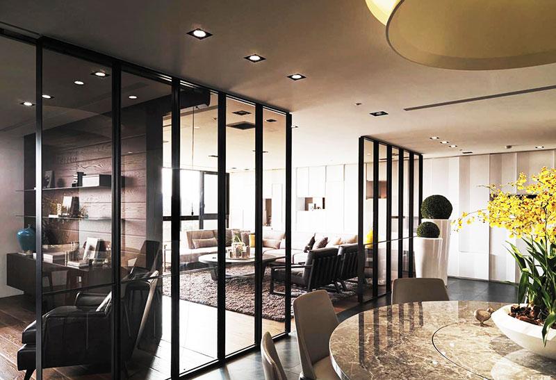 餐厅玻璃隔断设计技巧 餐厅玻璃隔断设计要点