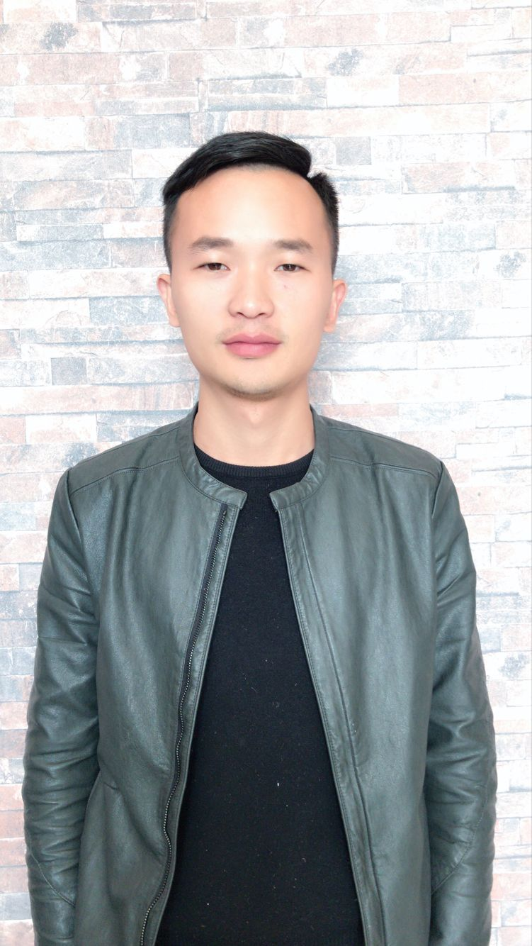 家装设计师杨荣国