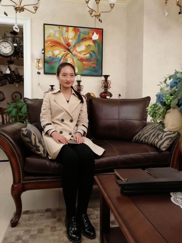 峰雅设计组主任设计师--梦冉