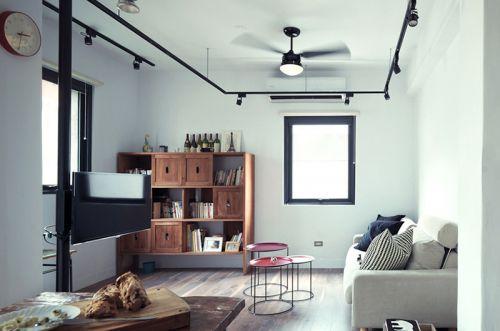 很简单的工业风LOFT公寓  带一点复古的美感